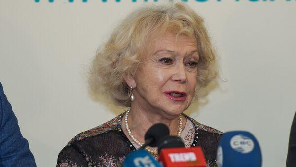 Пресс-конференция народной артистки России Светланы Немоляевой - Sputnik Азербайджан