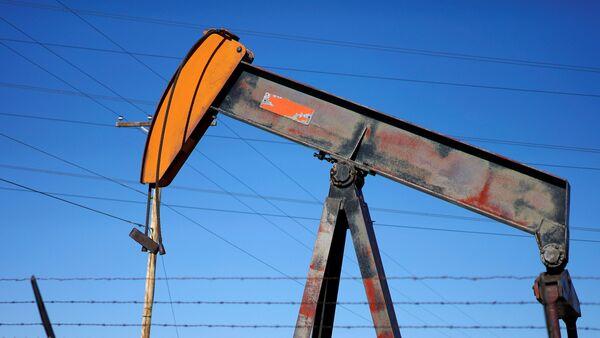 Нефтяной насос в США, фото из архива - Sputnik Азербайджан