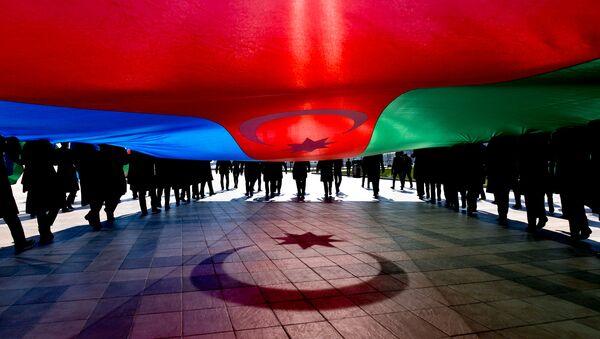 Шествия, посвященное Дню Государственного флага Азербайджана - Sputnik Азербайджан