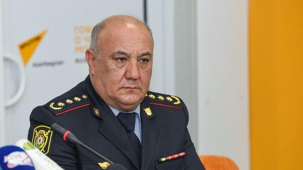 Глава отдела по связям с общественностью Главного управления дорожной полиции города Баку Вагиф Асадов - Sputnik Азербайджан
