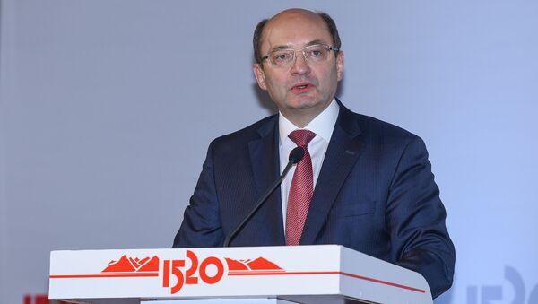 Первый вице-президент ОАО Российские железные дороги Александр Мишарин - Sputnik Азербайджан
