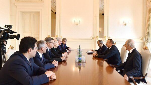 Ильхам Алиев принял делегацию во главе с министром образования и науки России Ольгой Васильевой - Sputnik Азербайджан