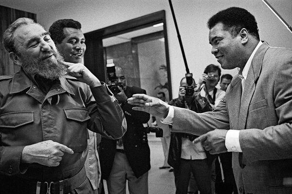 Фидель Кастро и Мухаммед Али - Sputnik Азербайджан