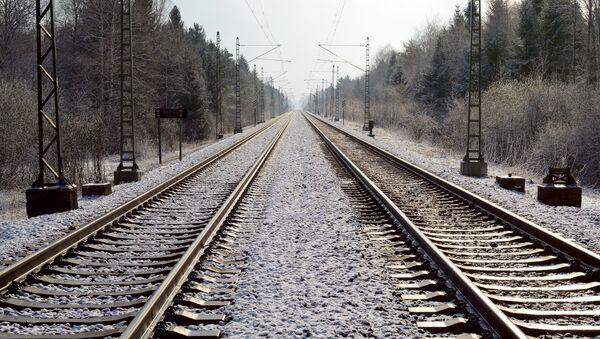 Железнодорожные рельсы, фото из архива - Sputnik Азербайджан