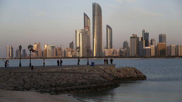 Город Абу-Даби, фото из архива - Sputnik Азербайджан