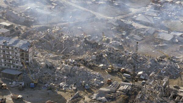 Последствия землетрясения в Спитаке, 7 декабря 1988 года - Sputnik Азербайджан