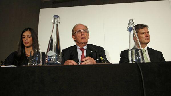 Канадский юрист Ричард Макларен в ходе пресс-конференции в Лондоне - Sputnik Азербайджан