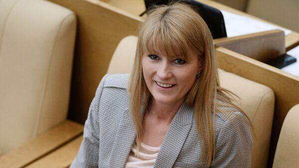 Первый заместитель председателя комитета Государственной Думы РФ по международным делам Светлана Журова - Sputnik Азербайджан