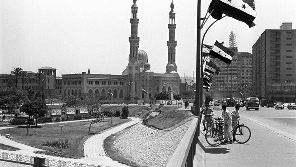 В центре города Каира - Sputnik Азербайджан