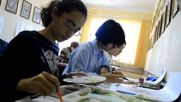 В Лянкяране растут последователи Дали - Sputnik Азербайджан