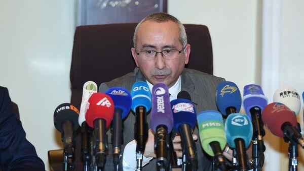 SOCAR-ın Azneft İstehsalat Birliyinin baş mühəndisi Balamirzə Ağarəhimov - Sputnik Azərbaycan