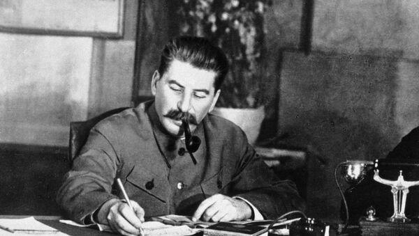 İosif Stalin iş otağında, 1 noyabr 1938-ci il - Sputnik Azərbaycan