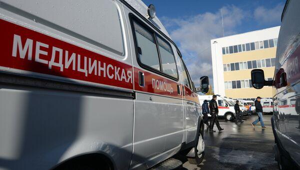 Автомобили скорой помощи в России, фото из архива - Sputnik Азербайджан