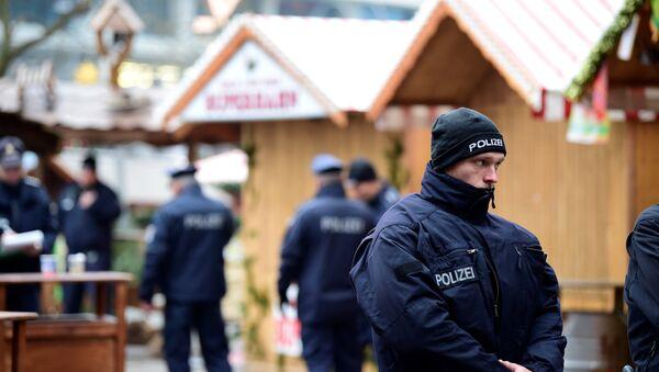 Сотрудники правоохранительных органов Германии - Sputnik Азербайджан