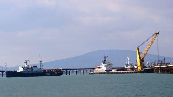 Специальный штаб продолжает поиск пропавших нефтяников, архивное фото - Sputnik Азербайджан