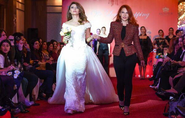 Дизайнерский показ Baku Fashion Nights 2016 - Sputnik Азербайджан