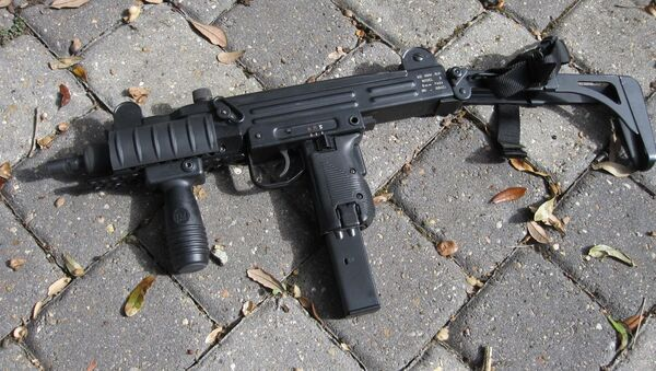 Пистолет-пулемет UZI, фото из архива - Sputnik Азербайджан