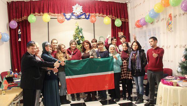 На татарской новогодней ярмарке была представлена сувенирная продукция из Татарстана - Sputnik Азербайджан