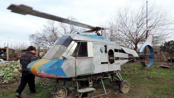 Вертолет, собранный Мирзаханом Имамвердиевым - Sputnik Азербайджан