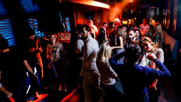 Новогодняя вечеринка в Баку, фото из архива - Sputnik Азербайджан