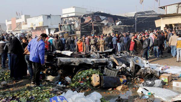 Взрыв заминированного автомобиля в восточной части Багдада - Sputnik Азербайджан