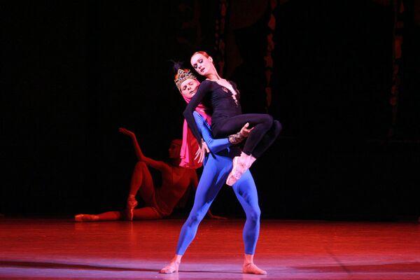 Балет Арифа Меликова Легенда о любви на сцене Мариинского театра в Санкт-Петербурге - Sputnik Азербайджан