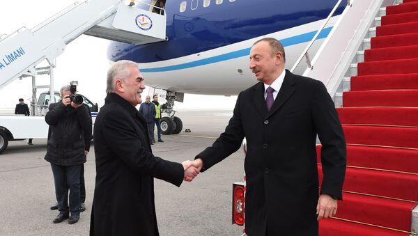 Президент Ильхам Алиев прибыл в Нахчыванскую АР - Sputnik Азербайджан