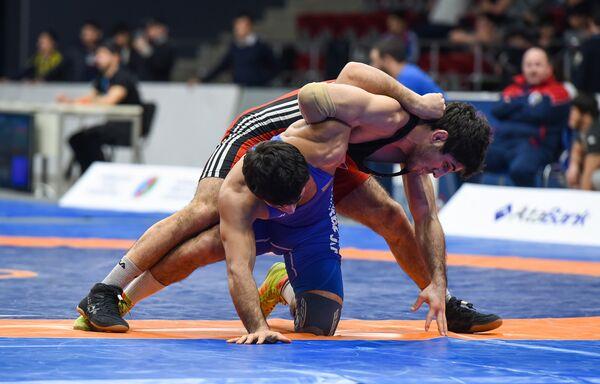 Чемпионат Азербайджана по борьбе среди взрослых - Sputnik Азербайджан