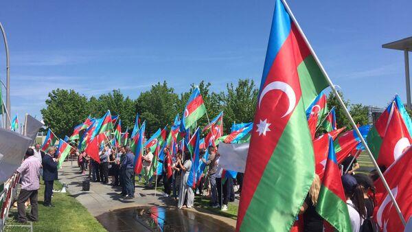 Азербайджанцы в Берлине, фото из архива - Sputnik Азербайджан