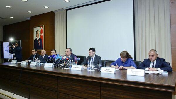 Пресс-конференция, посвященная итогам деятельности Главного управления по борьбе с коррупцией при Генеральном прокуроре в сфере борьбы с коррупцией в 2016 году - Sputnik Азербайджан