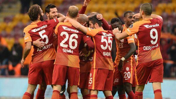 Galatasaray futbol klubunun oyunçuları, arxiv şəkli - Sputnik Azərbaycan