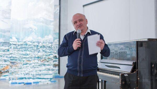 Народный артист, профессор, дирижер Теймур Гейчаев - Sputnik Азербайджан