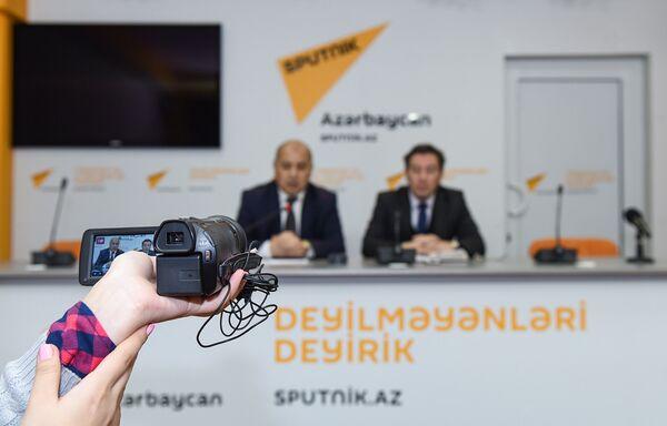 Пресс-конференция на тему Решение социальных проблем лиц, пострадавших в результате событий 20 января 1990 года  - Sputnik Азербайджан