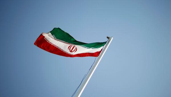 Национальный флаг Ирана - Sputnik Azərbaycan