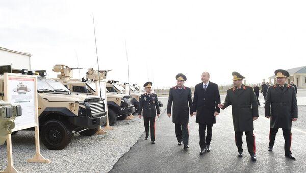 Президент принял участие в открытии нового военного городка Н-ской воинской части Министерства обороны - Sputnik Азербайджан