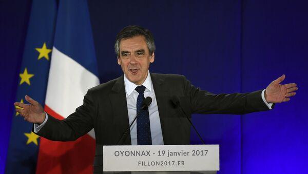 Бывший глава правительства Франции Франсуа Фийон, фото из архива - Sputnik Азербайджан