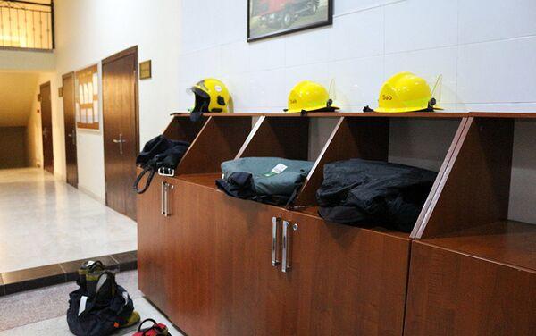 Тушение пожара — это не работа, а служба - Sputnik Азербайджан