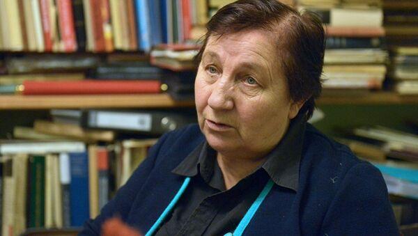 Профессор, доктор искусствоведения Надежда Высоцкая - Sputnik Азербайджан