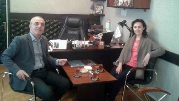 Mübariz Həmidov və Olqa Luçitskaya - Sputnik Azərbaycan