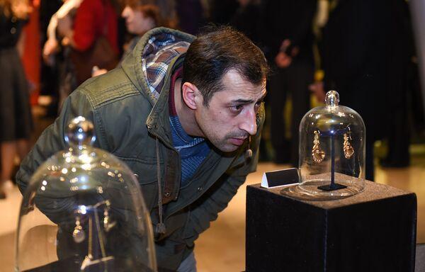 Ювелирная выставка в Азербайджанском Музее ковра - Sputnik Азербайджан
