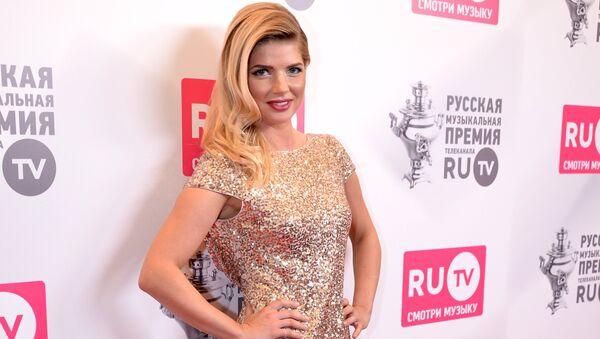 Российская певица Настя Задорожная - Sputnik Азербайджан