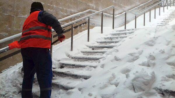 Обильный снегопад в Баку - Sputnik Azərbaycan