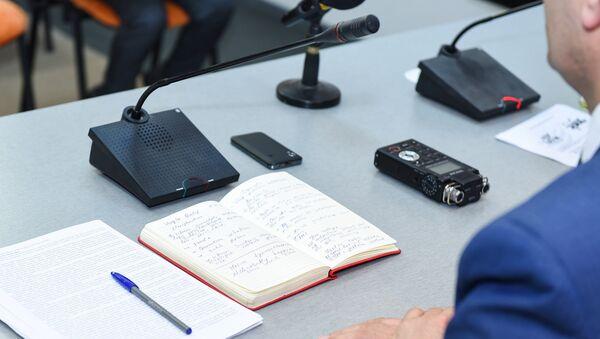Пресс-конференция в Международном мультимедийном пресс-центре Sputnik Азербайджан, архивное фото - Sputnik Азербайджан