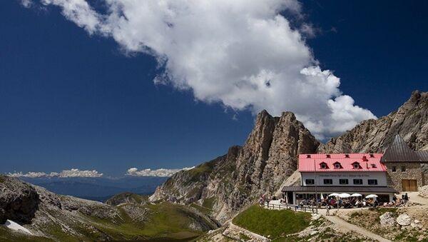 Альпийская деревня в Австрии - Sputnik Азербайджан