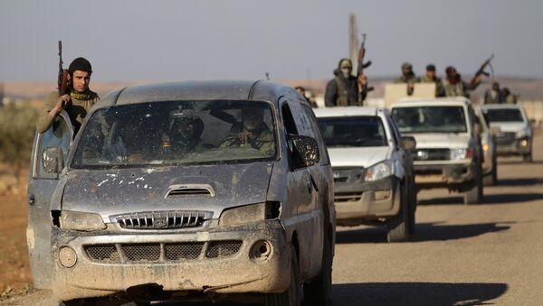 Сирийские повстанцы в городе Эль-Баб, 3 февраля 2017 года - Sputnik Азербайджан