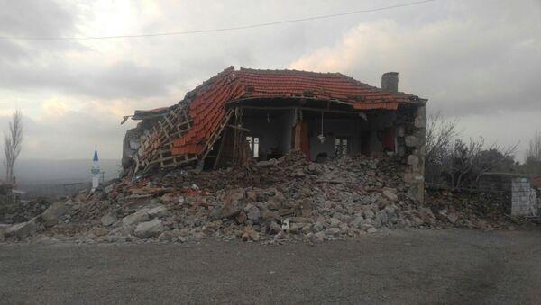 Результат землетрясения в Чанаккале - Sputnik Азербайджан