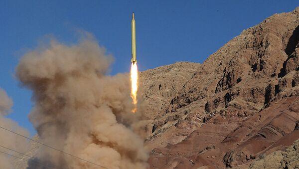 İran yeni ballistik raketini sınaqdan keçirib - Sputnik Azərbaycan