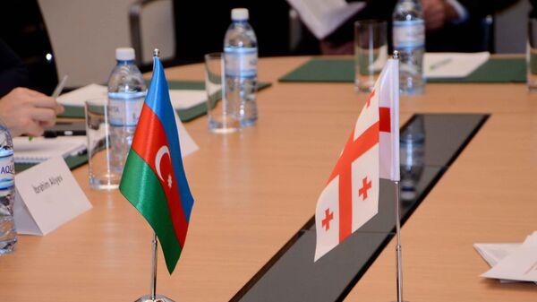 Заседание совместной азербайджано-грузинской комиссии по вопросам международных автомобильных связей, Баку, 9 февраля 2017 года - Sputnik Азербайджан
