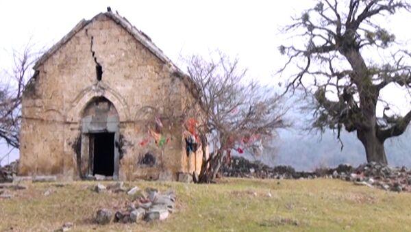 Старинный албанский храм Гала пири - Sputnik Азербайджан