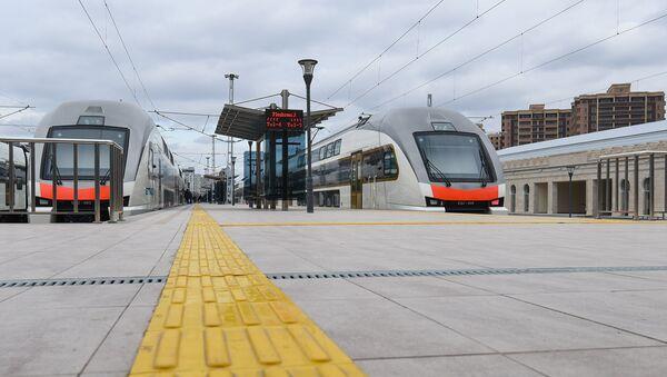 Бакинский железнодорожный вокзал после реконструкции и модернизации - Sputnik Azərbaycan